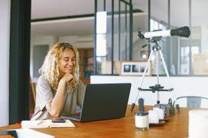 Read more about the article Blogger Nedir? Blog Yazmak İçin Tavsiyeler