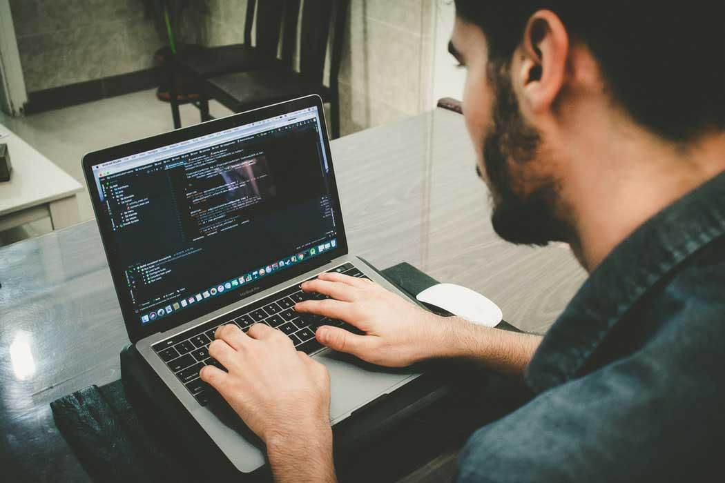 You are currently viewing Webmaster Nedir? Webmaster Olmak İçin Ne Yapılmalıdır?