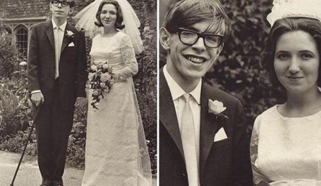Stephen-Hawking-evli-miydi